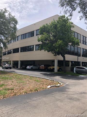 14100  Palmetto Frontage Rd   106, Miami Lakes, FL 33016