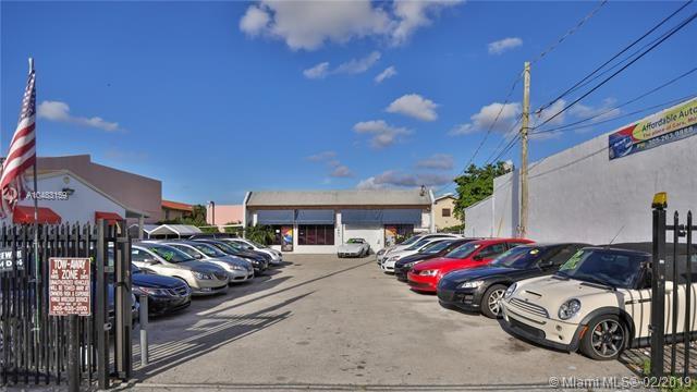 Auto Dealership  67 Ave, Miami, FL 33144
