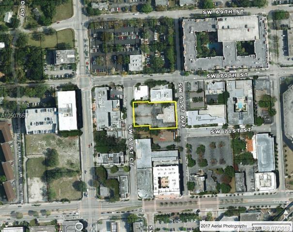 7040 SW 61st Ave, South Miami, FL 33143