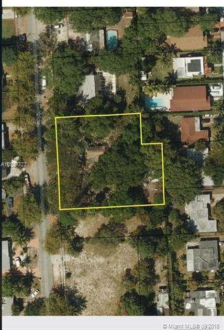 1047 NE 132nd St, North Miami, FL 33161