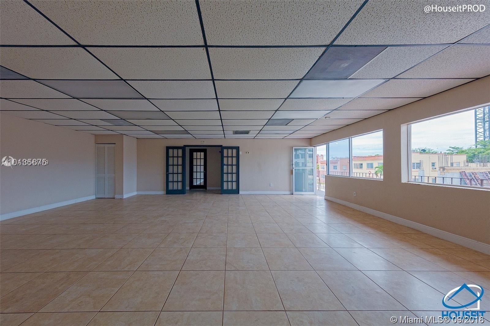 529 NW 12th Ave, Miami, FL 33136
