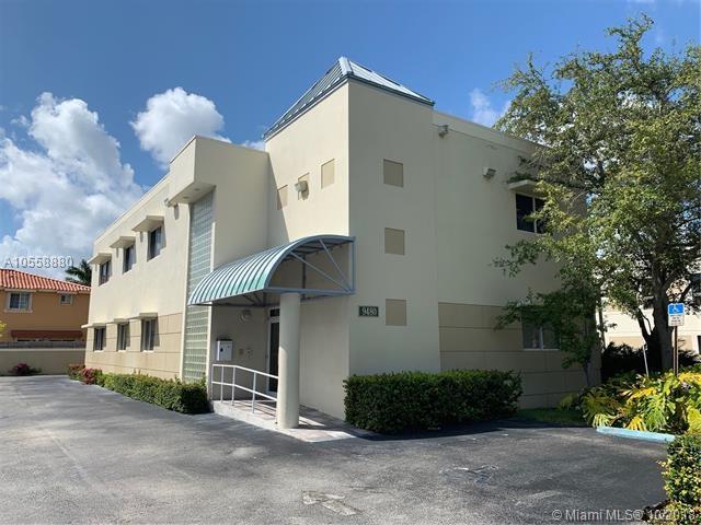 9480 SW 77th Ave, Miami, FL 33156