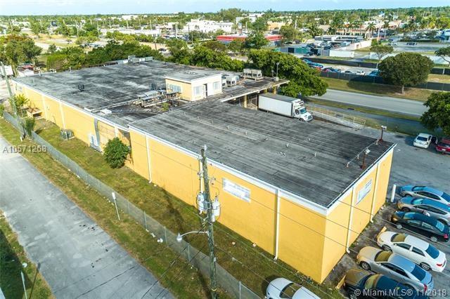17501 SW 99th Rd, Palmetto Bay, FL 33157
