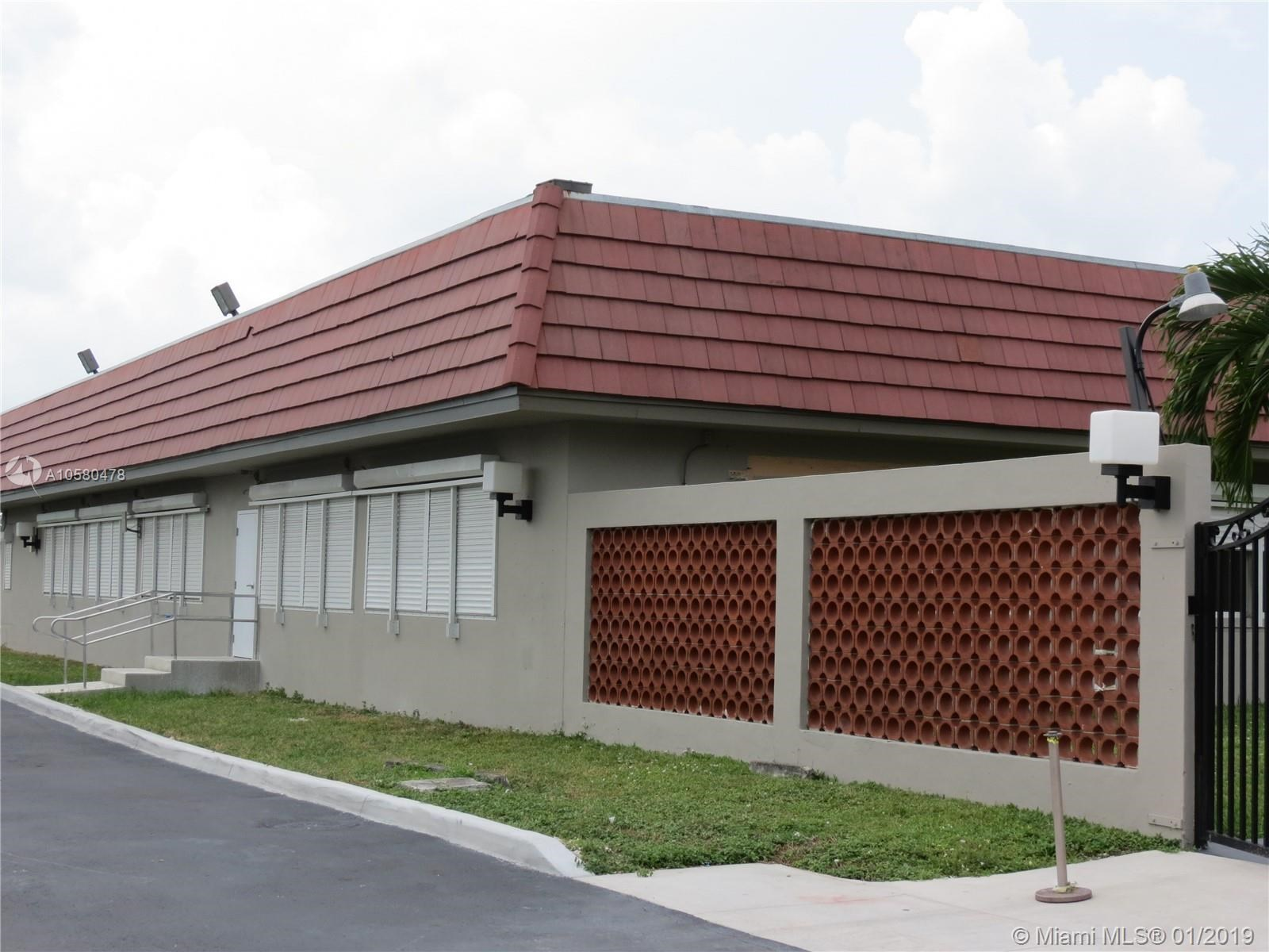 7450 W 4th Ave, Hialeah, FL 33014