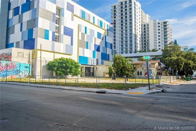 215 NE 25th St, Miami, FL 33137