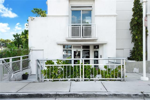 1701  Sunset Harbor Dr   S206, Miami Beach, FL 33139