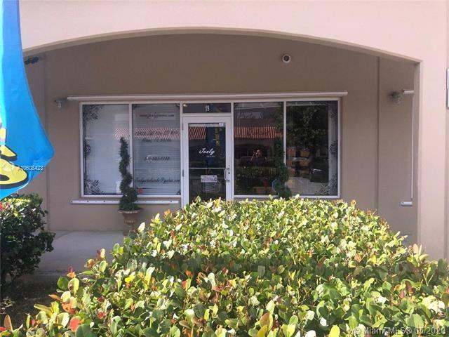 15420 SW 136th St, Miami, FL 33196