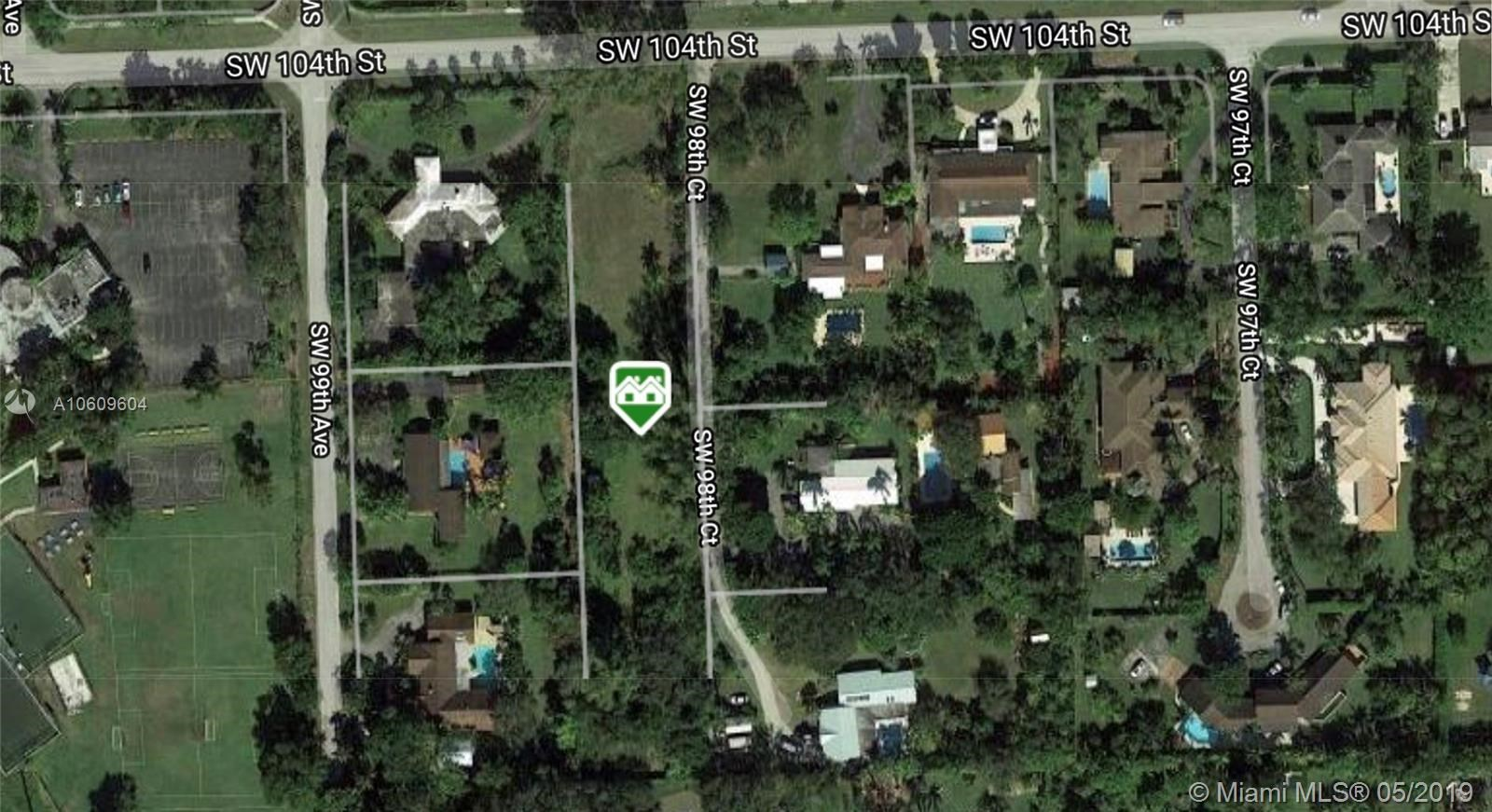 9840 SW 104th St, Miami, FL 33176