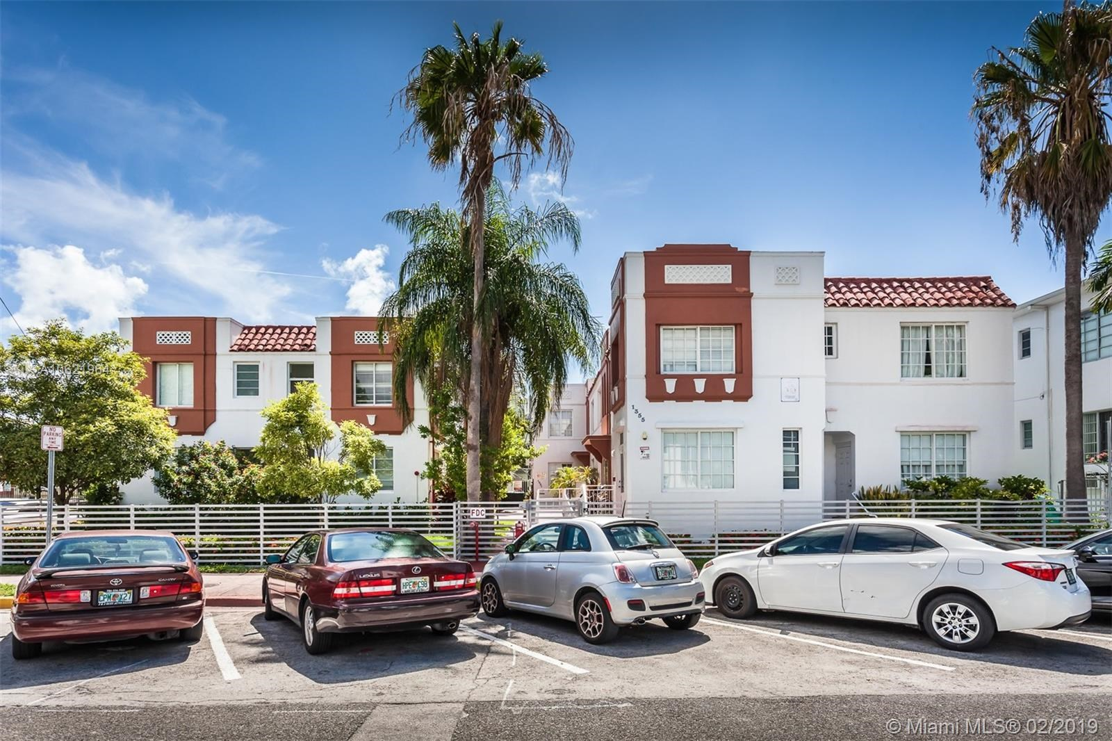 440  14th St, Miami Beach, FL 33139