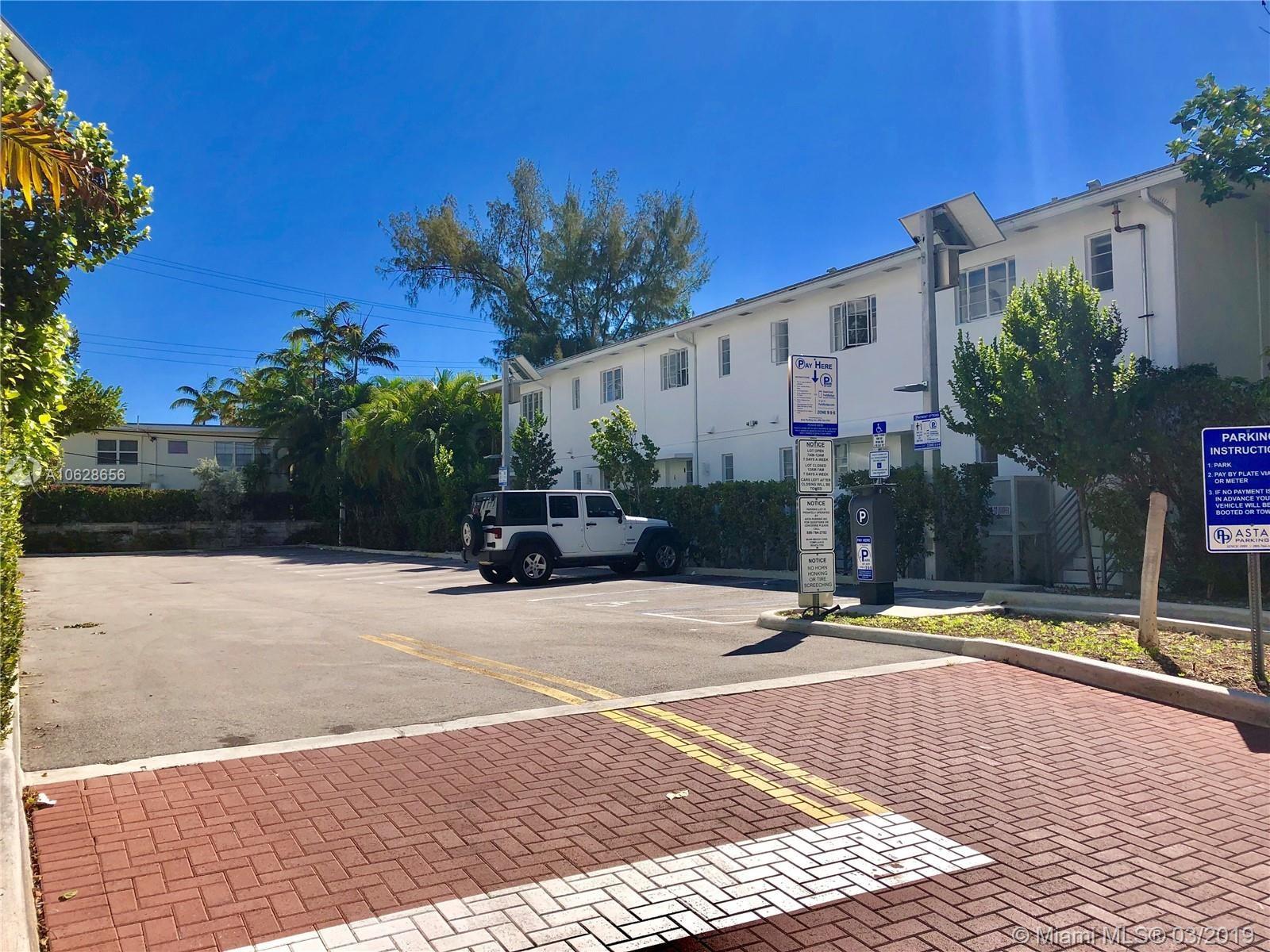 1615  LENOX AV, Miami Beach, FL 33139