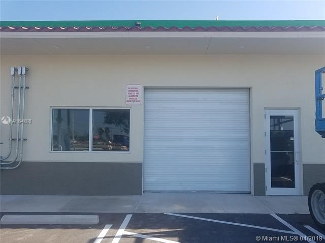 23215 S Dixie Hwy, Homestead, FL 33032