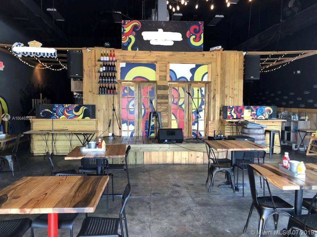 Restaurant NW 75th, Miami, FL 33015