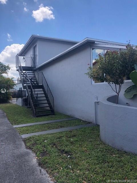 126 E 49th St, Hialeah, FL 33013
