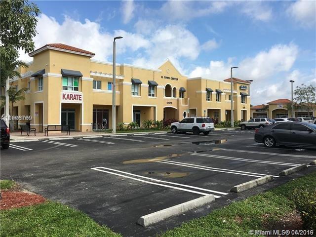 17670 NW 78th Ave   206, Hialeah, FL 33015