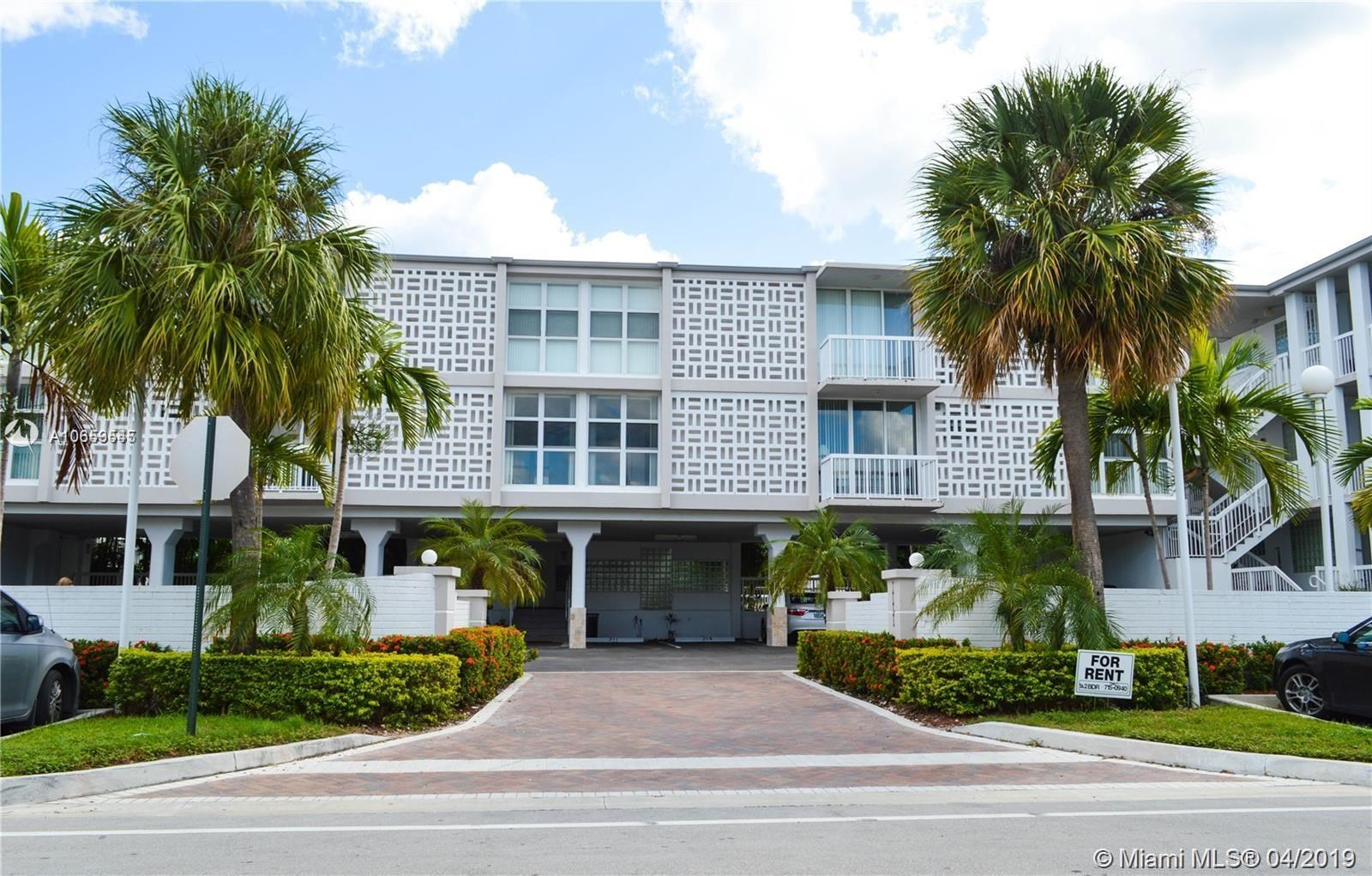 1080  99th St, Bay Harbor Islands, FL 33154