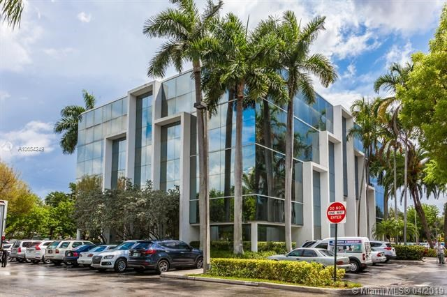 16853 NE 2 AV    S304, North Miami Beach, FL 33162