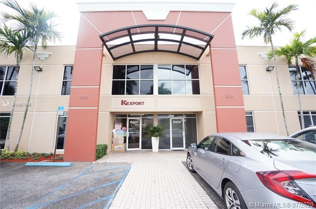 8206 NW 30th Ter, Doral, FL 33122