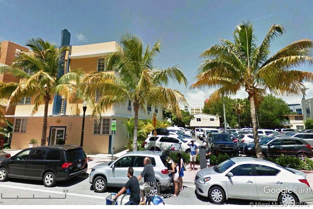 412  Ocean Dr, Miami Beach, FL 33139
