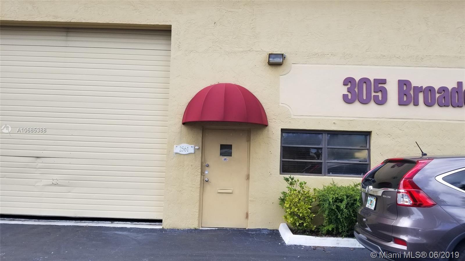 2561 NW 74th Ave, Miami, FL 33122