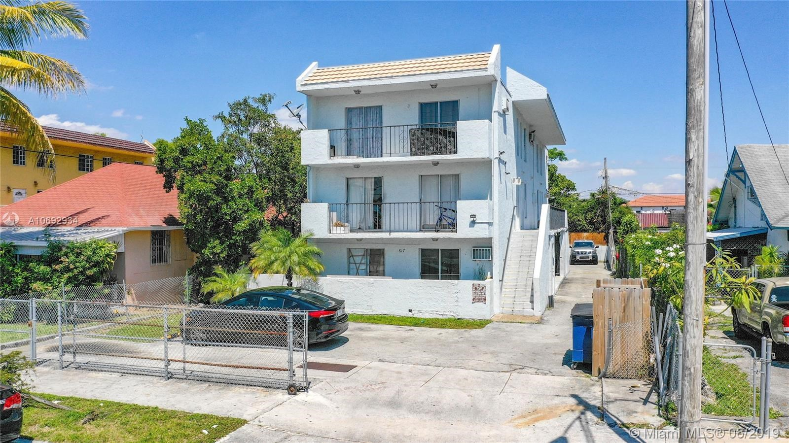817 NW 2nd St, Miami, FL 33128