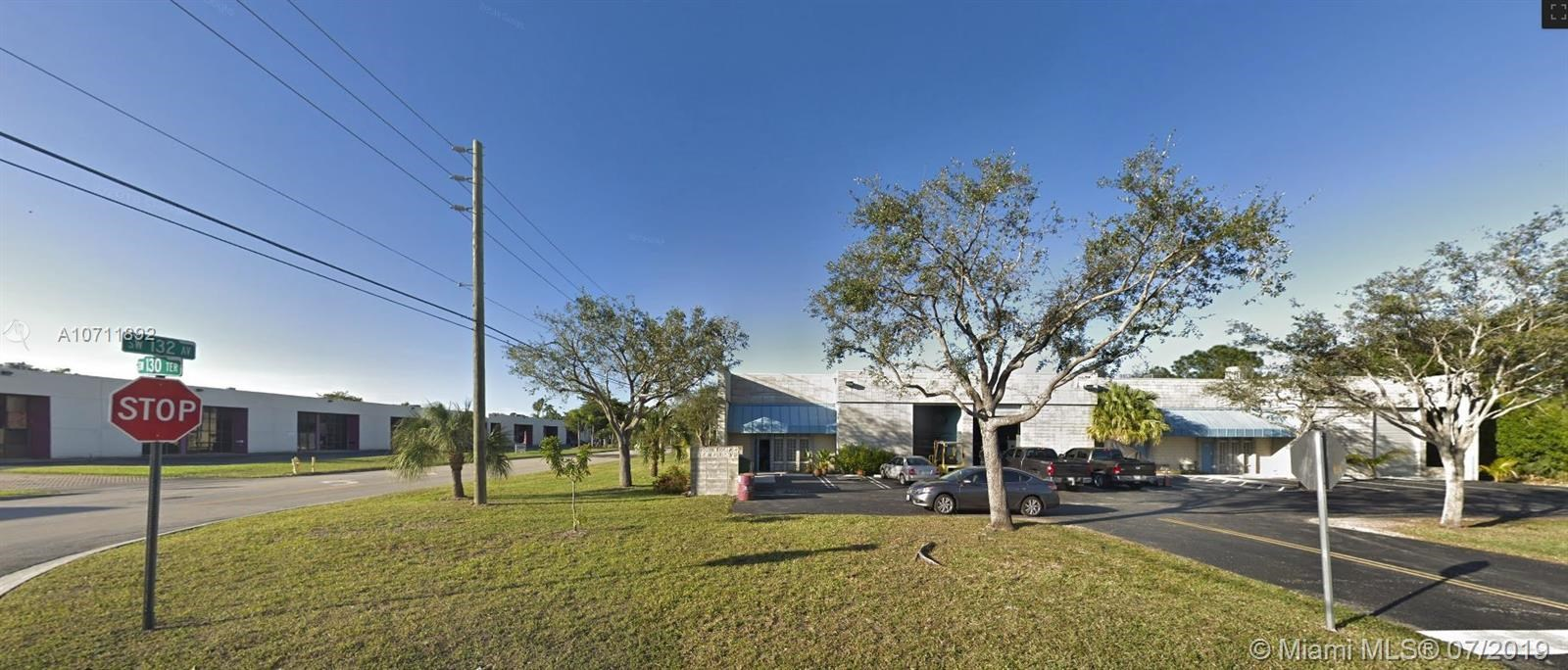 13055 SW 132nd Ave, Miami, FL 33186