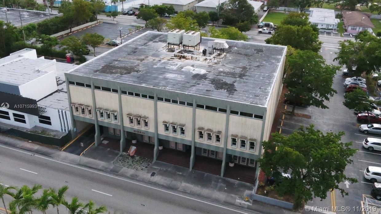 2040 NE 163rd St, North Miami Beach, FL 33162