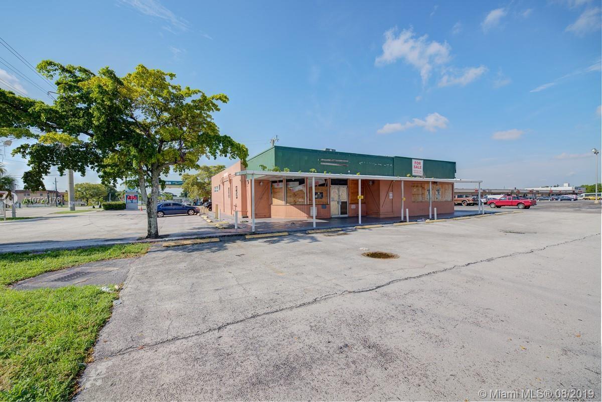 700 NW 183rd St, Miami Gardens, FL 33169