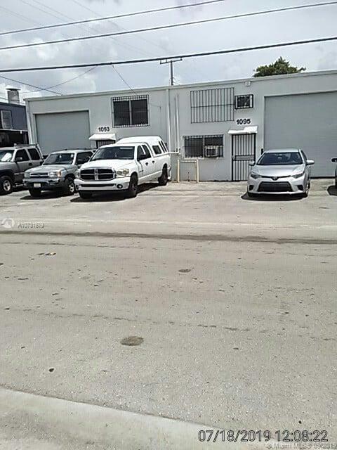 1093 E 47th St, Hialeah, FL 33013
