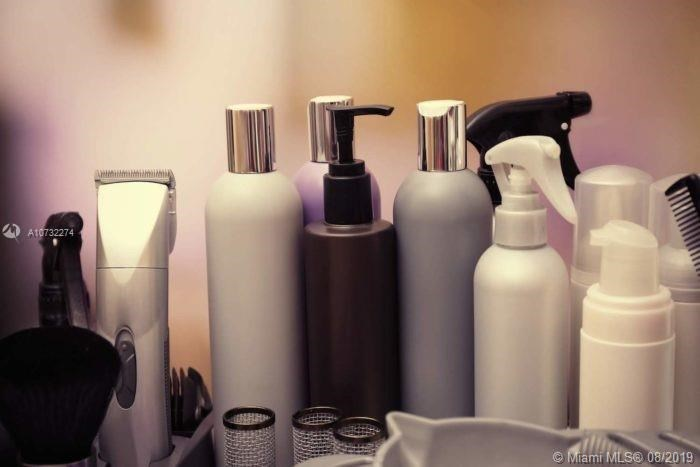Beauty Distribution  Company, Unincorporated Dade County, FL 33172