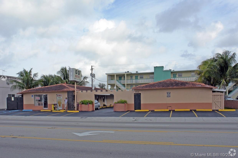 5121 W Flagler St, Miami, FL 33134