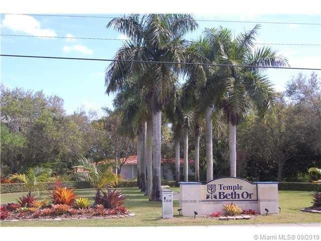 11715 SW 87th Ave, Miami, FL 33176