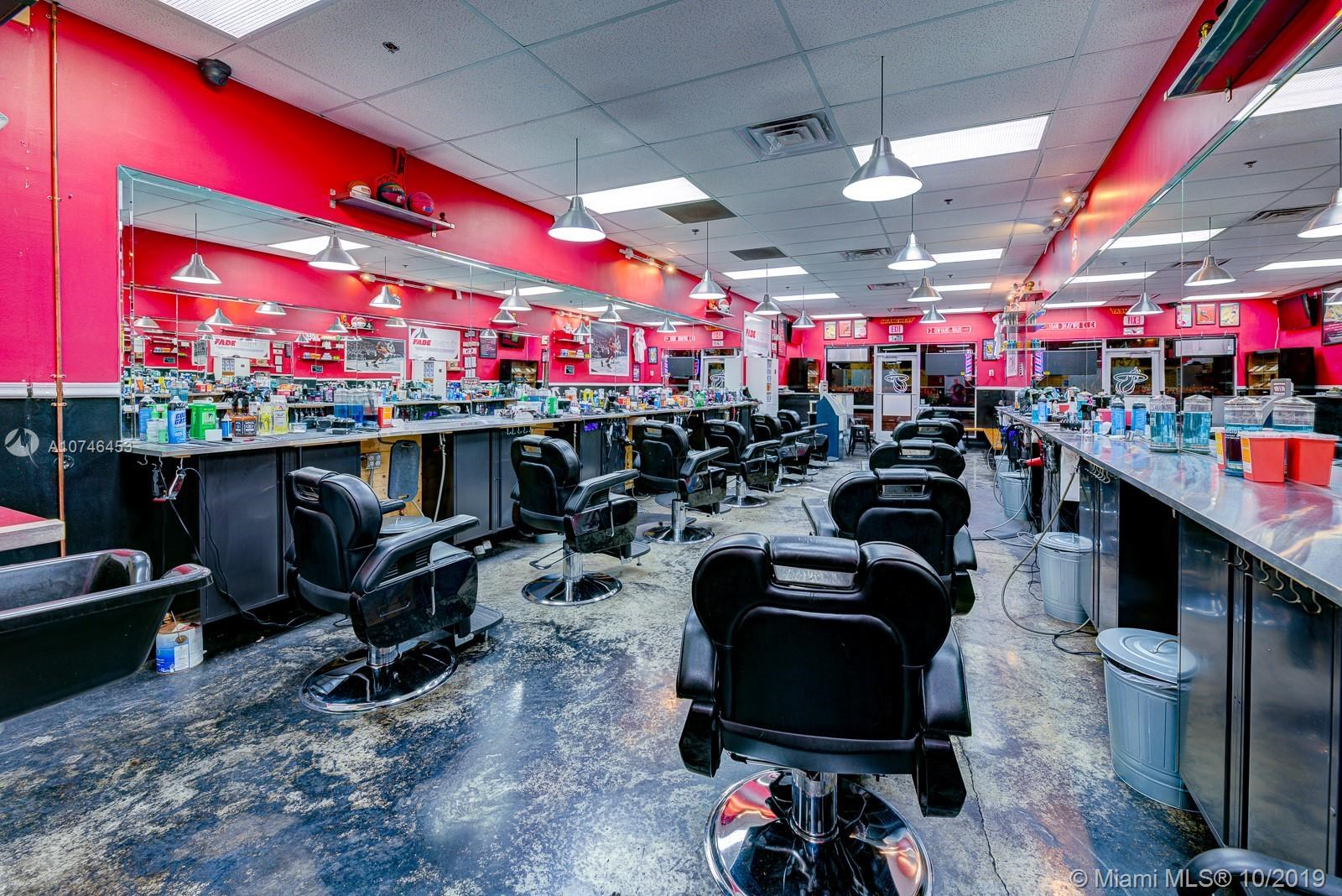 Barbershop  In West Kendall, Miami, FL 33177