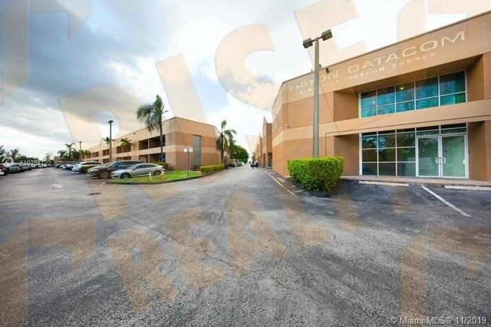 20237-41 NE 16th Pl   20237-41, Miami, FL 33179