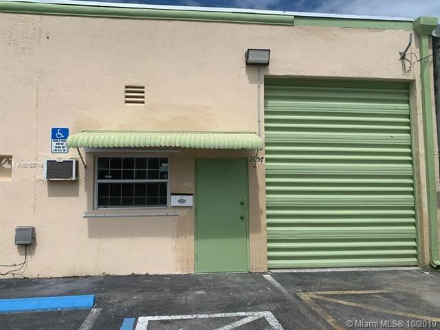 2057 NE 160th St, North Miami Beach, FL 33162