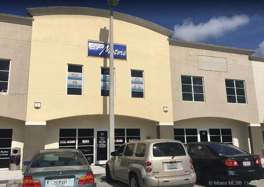 14271 SW 120th St, Miami, FL 33186