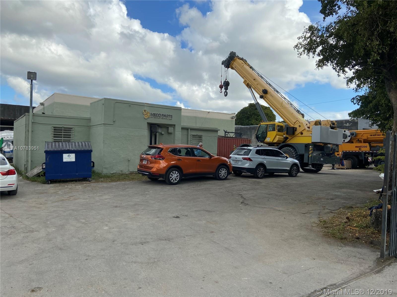 6631 NW 73rd Ct, Miami, FL 33166