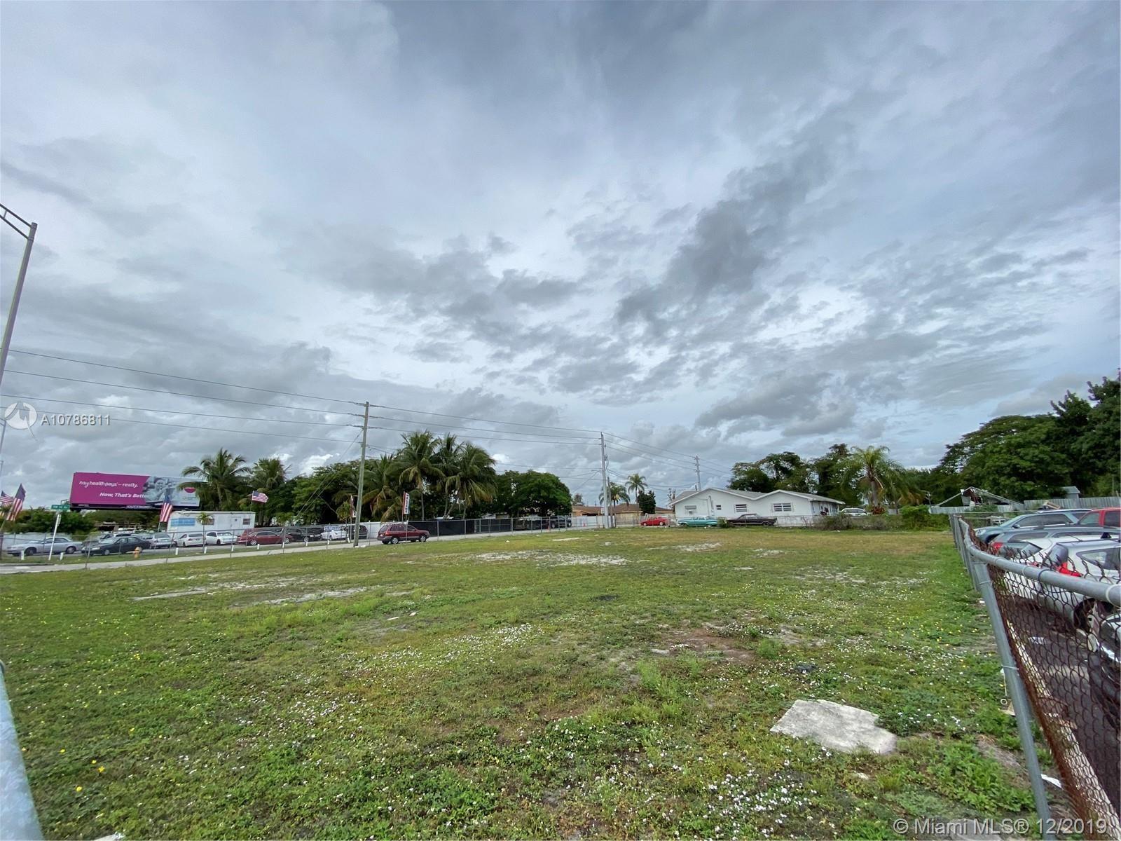 1353 NW 79th St, Miami, FL 33147