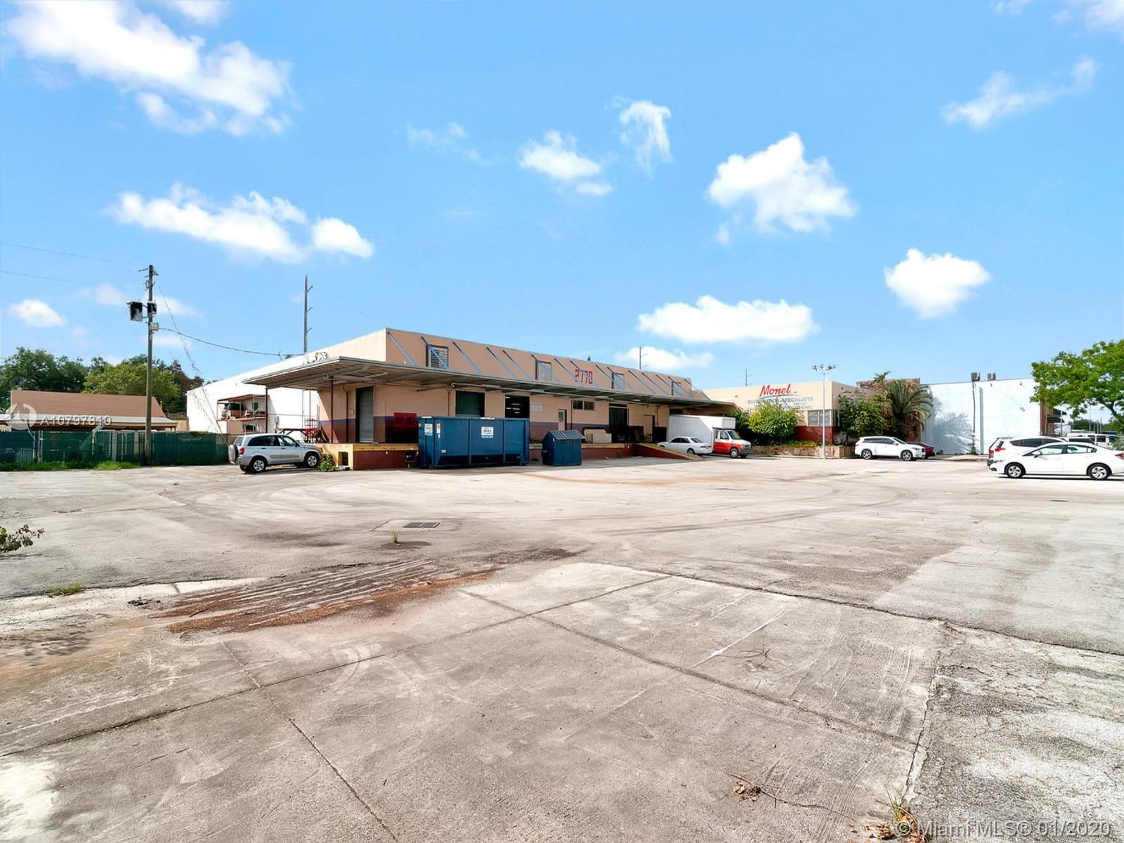 2770 NW 24th St, Miami, FL 33142