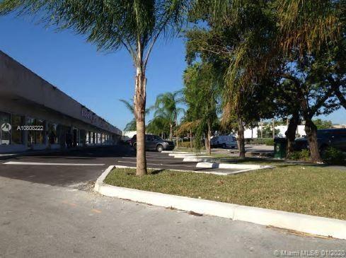 1560 NE 165th St   1554-56, North Miami Beach, FL 33162