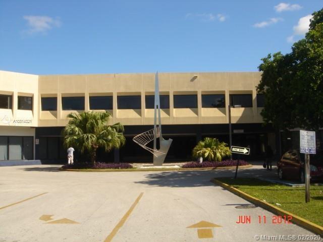 1380 NE Miami Gardens Dr, Miami, FL 33179