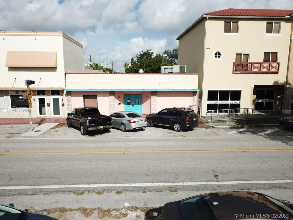 365 N Royal Poinciana Blvd, Miami, FL 33166