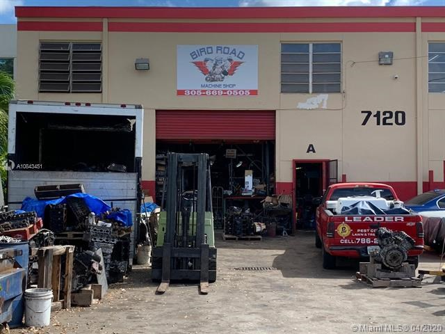 7120 SW 44th St, Miami, FL 33155