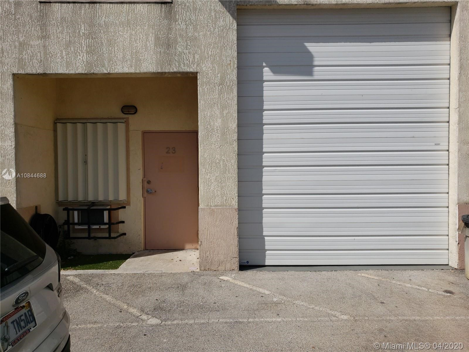 13806 SW 142nd Ave, Miami, FL 33186