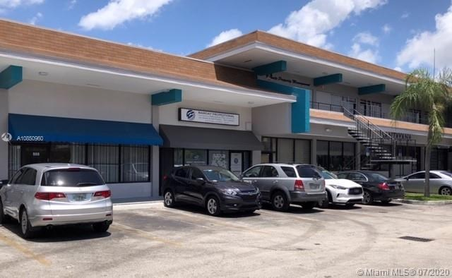 909 SW 122nd Ave, Miami, FL 33184