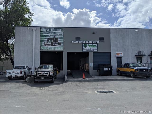 10120 NW South River Dr   10120, Medley, FL 33178