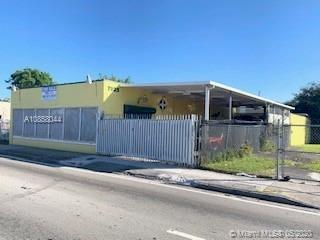 7025 NW 7th Ave, Miami, FL 33150