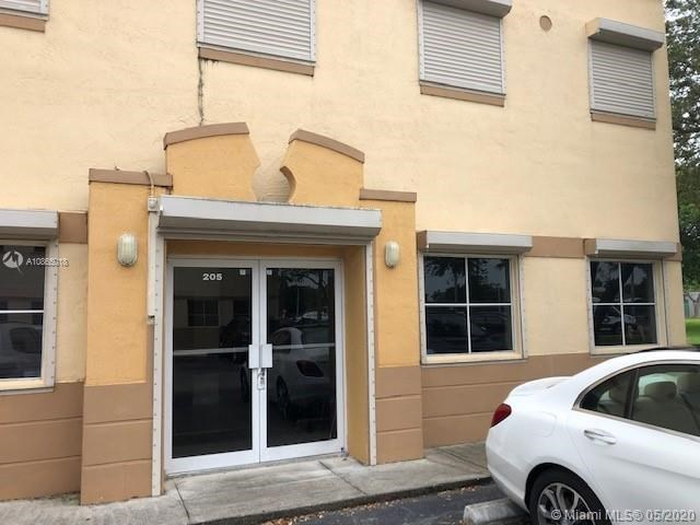 13930 SW 47th St   B-205, Miami, FL 33175