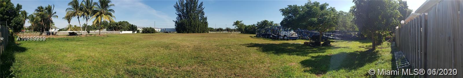 18200 SW 108 Av, Unincorporated Dade County, FL 33157