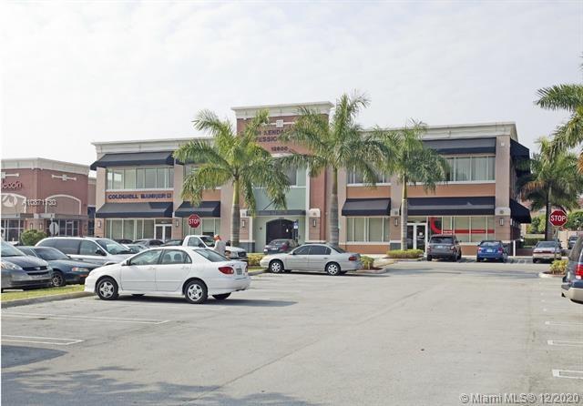 9855 S Dixie Hwy, Pinecrest, FL 33156