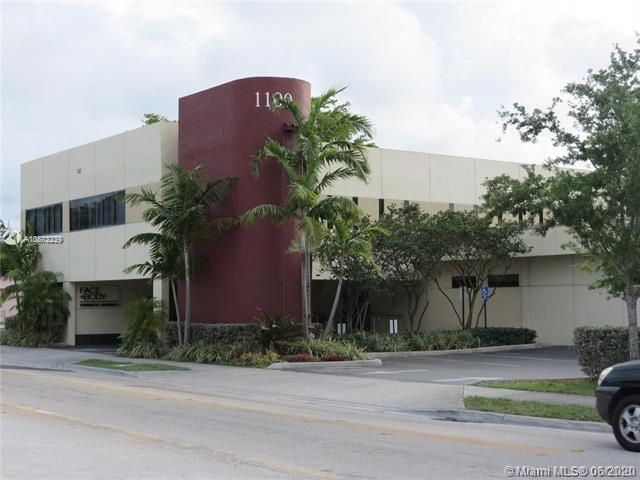 1100 SW 57th Ave, West Miami, FL 33144